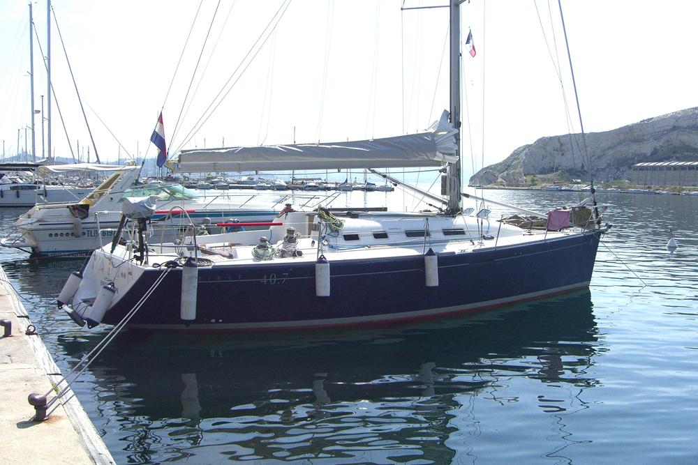 First 40.7-Esprit-Frioul-groot